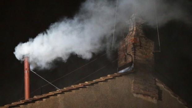 Fumata bianca. Il racconto dell'elezione di Papa Bergoglio, da piazza San Pietro