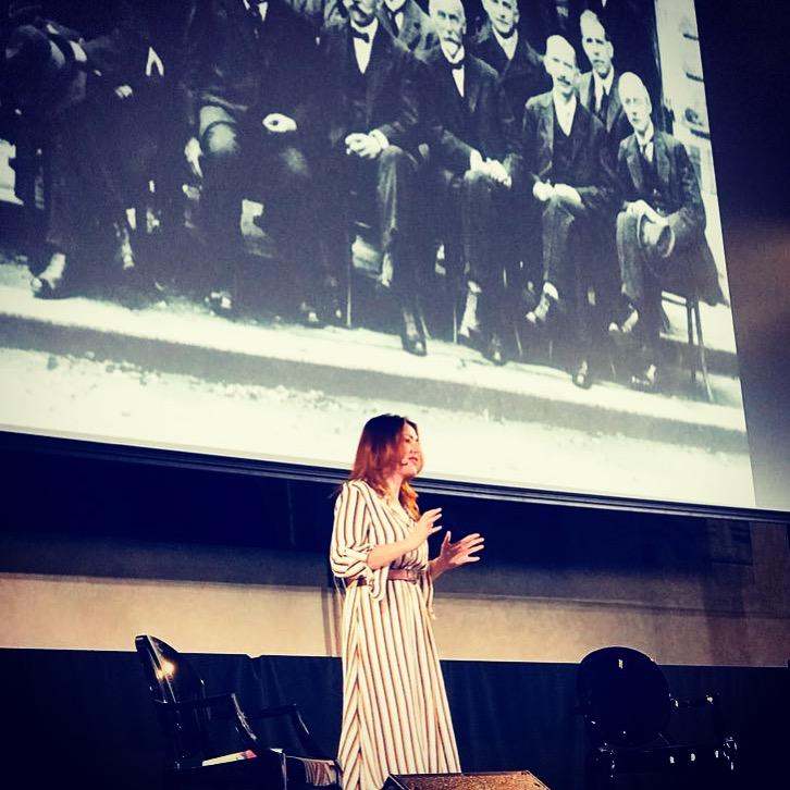 """A """"il Foglio tech festival"""" di Venezia con il mio speech sull'innovazione…bellissima giornata! Ecco tutti gli appuntamenti con me (e la fisica) di maggio…sono tantissimi!"""