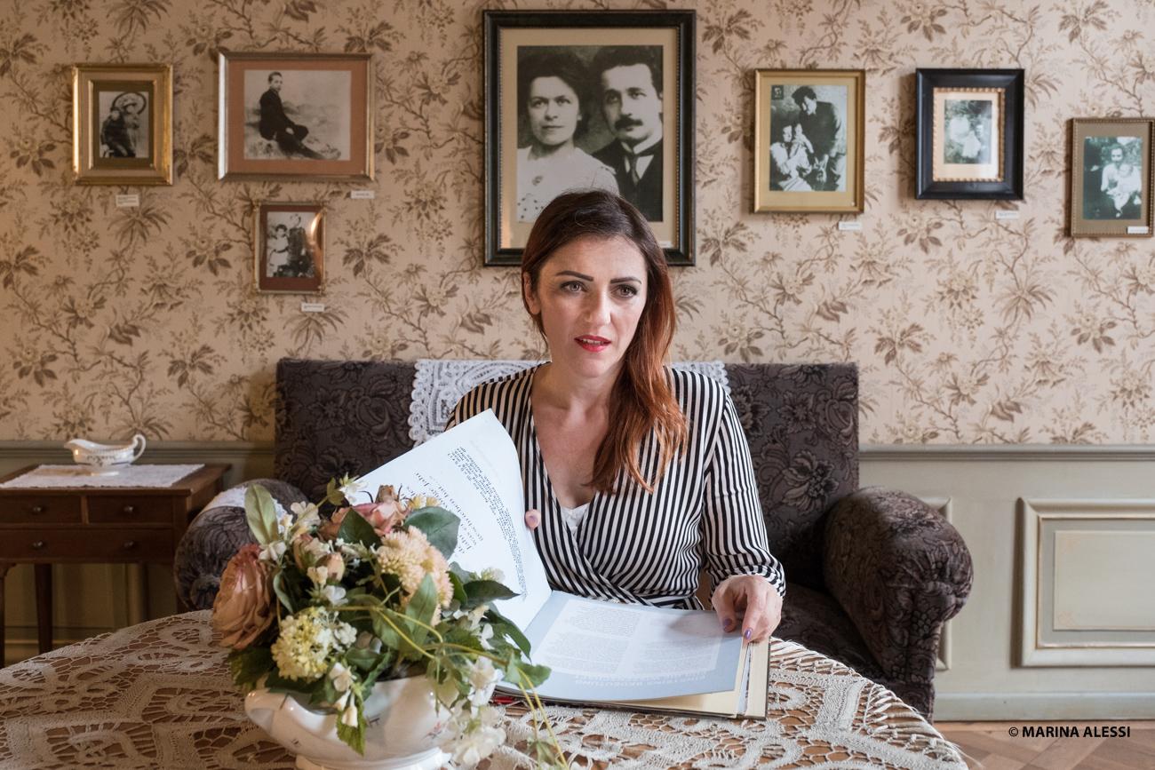 """Il mio libro """"Einstein e io"""" adesso è tradotto in serbo! E altre novità che riguardano Mileva Maric… (e presto anche una novità su Marie Curie!)"""