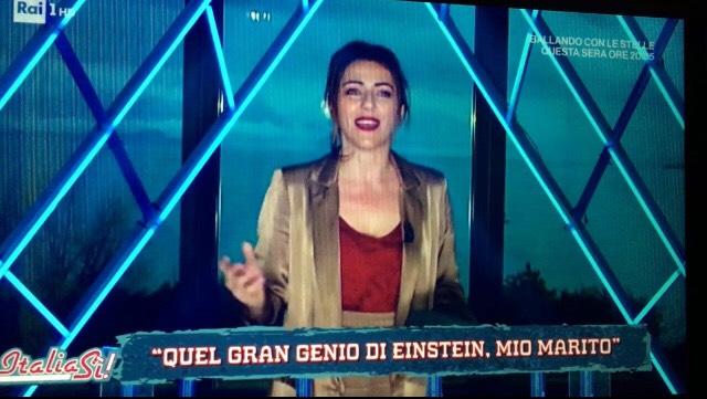 Ero su RAI UNO, la foto del buco nero commentata da Mileva Maric (moglie di Einstein, cioè io)…