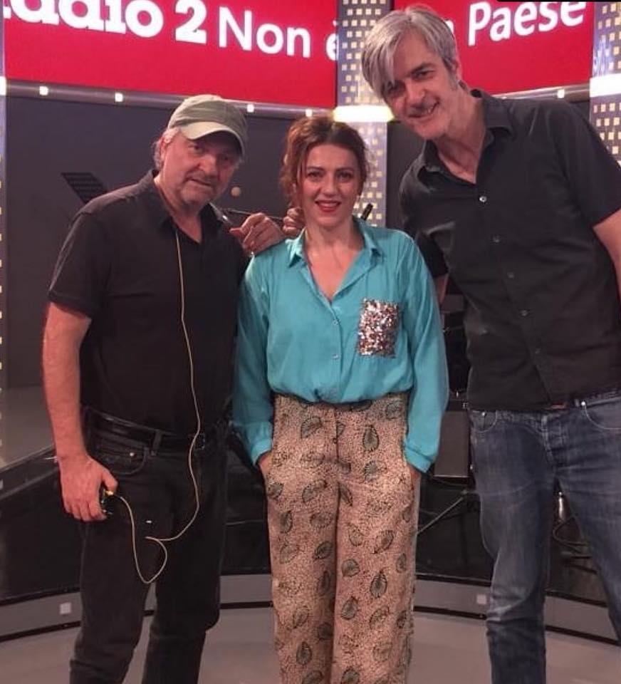 """Ospite della puntata su RaiRadio2 il programma di Giovanni Veronesi """"Non è un paese per giovani""""…bellissimo!"""