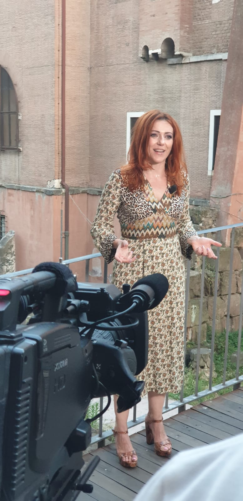 Su Rai5 mi hanno intervistato sul compleanno della Luna…ero a Roma, al Ghetto, con 98 gradi, e non è finita…