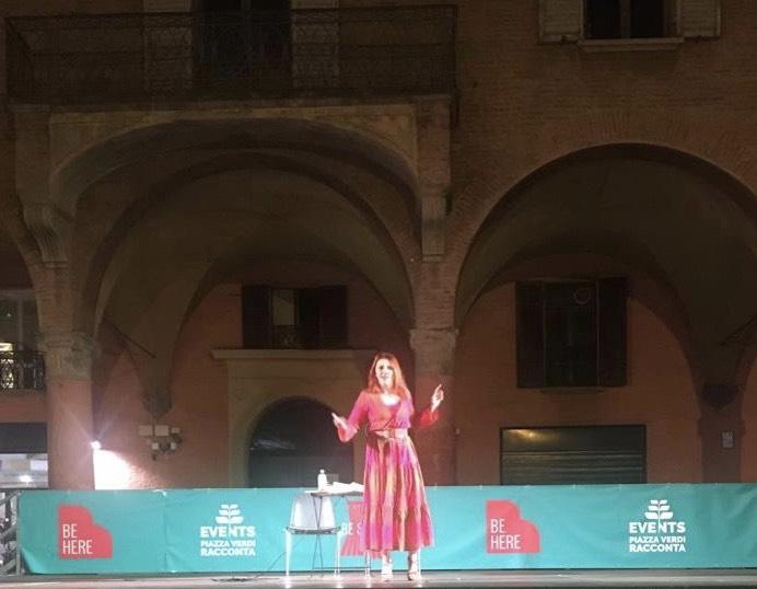 In piazza a Bologna, una bella serata con il mio racconto di Heisenberg e i fisici di Farm Hall…
