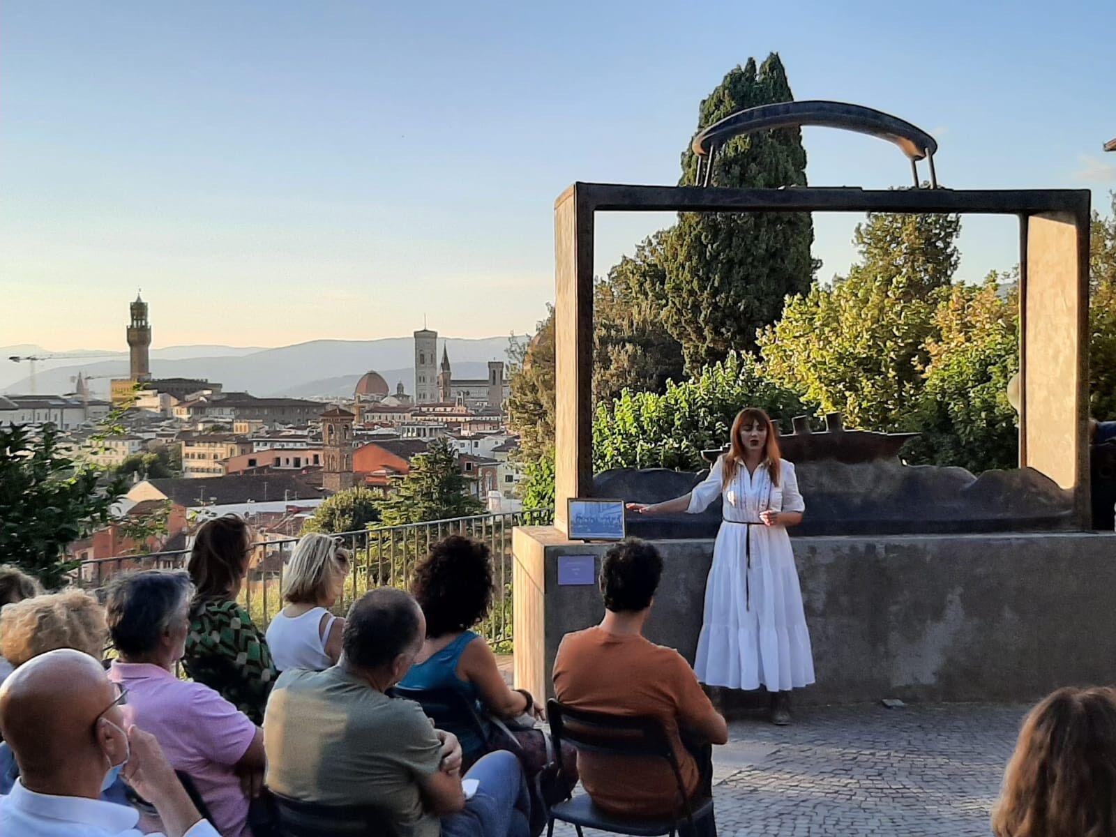 Una serata con il mio MONOLOGO QUANTISTICO pazzesca, guardando tutta Firenze dall'alto…